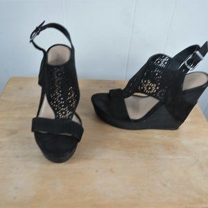 Gianni Bini Shoes Wedge Heel Size 8 M